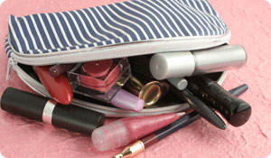 5 On-the-Go Makeup Bag Essentials
